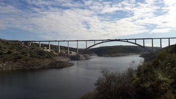 Nuevo premio internacional para el viaducto de Almonte, en la línea de alta velocidad Madrid-Extremadura