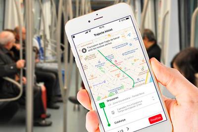 La aplicación de TMB estrena un asistente de viaje que guía a los usuarios paso a paso