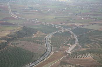 Concluyen las pruebas de carga de los viaductos de la línea de alta velocidad Antequera-Granada