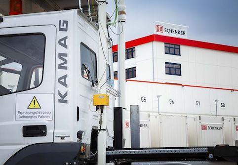 """DB Schenker presenta el vehículo de conducción automatizada """"Wiesel"""""""