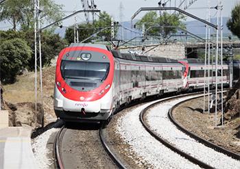 El ministro de Fomento reitera su intención de centrarse a corto plazo en las mejora de los servicios de Cercanías