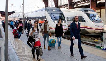 Tres millones de plazas para viajar en los trenes de Renfe en Semana Santa