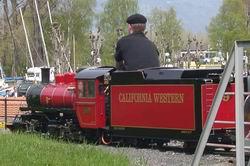 Roban dos locomotoras al Parque Suizo del Vapor